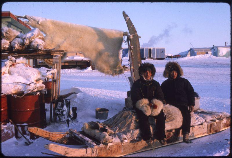 Holman - Polar Bear hunters (Feb '76) (2)0.jpg