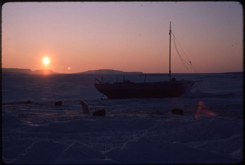 Holman (Feb '76) (1)0.jpg