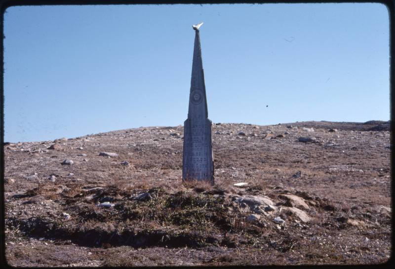 North end of Cape Parry, whaler's grave (Sept '76) (3)0.jpg