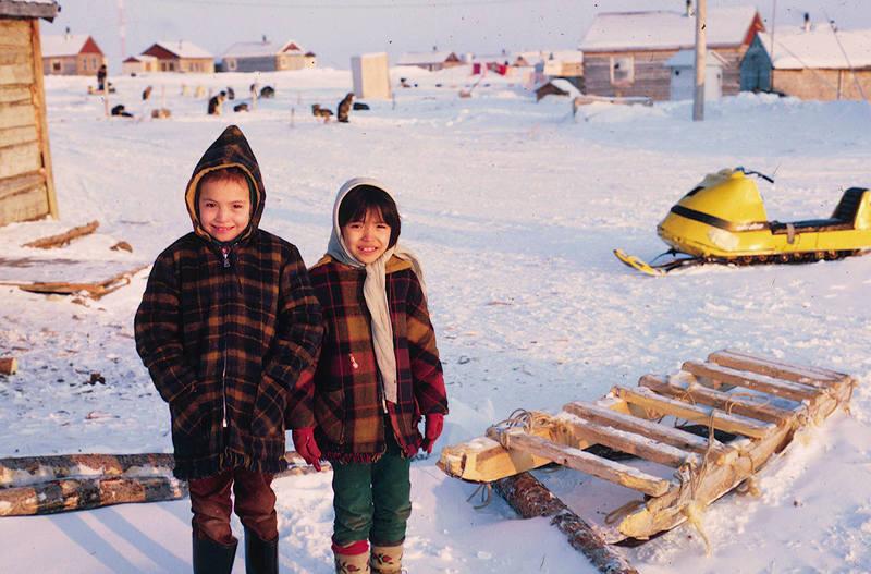 https://arrl-web002.artsrn.ualberta.ca/icrc/ICRC-PDF/Dr. Hunt Photos/Dr. D.E. Hunt photos - Inuvik 1968-69 081.jpg