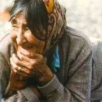https://arrl-web002.artsrn.ualberta.ca/icrc/201801-upload/Qikiqtaruk - Herschel Island- Cultural Study/Herschel Island Cultural Study-Jean Tardiff at Shingle Pt- 1990-Yukon Heritage Branch.jpg