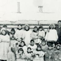 Group photo in Aklavik