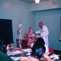 Dr. Hunt conducting a Lay Dispenser Clinic