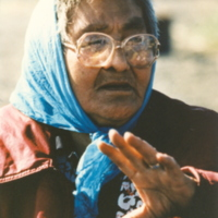 https://arrl-web002.artsrn.ualberta.ca/icrc/201801-upload/Qikiqtaruk - Herschel Island- Cultural Study/Herschel Is- Cultural Study- Kathleen Hansen at Shingle Pt- 1990- Yukon Heritage Branch.jpg